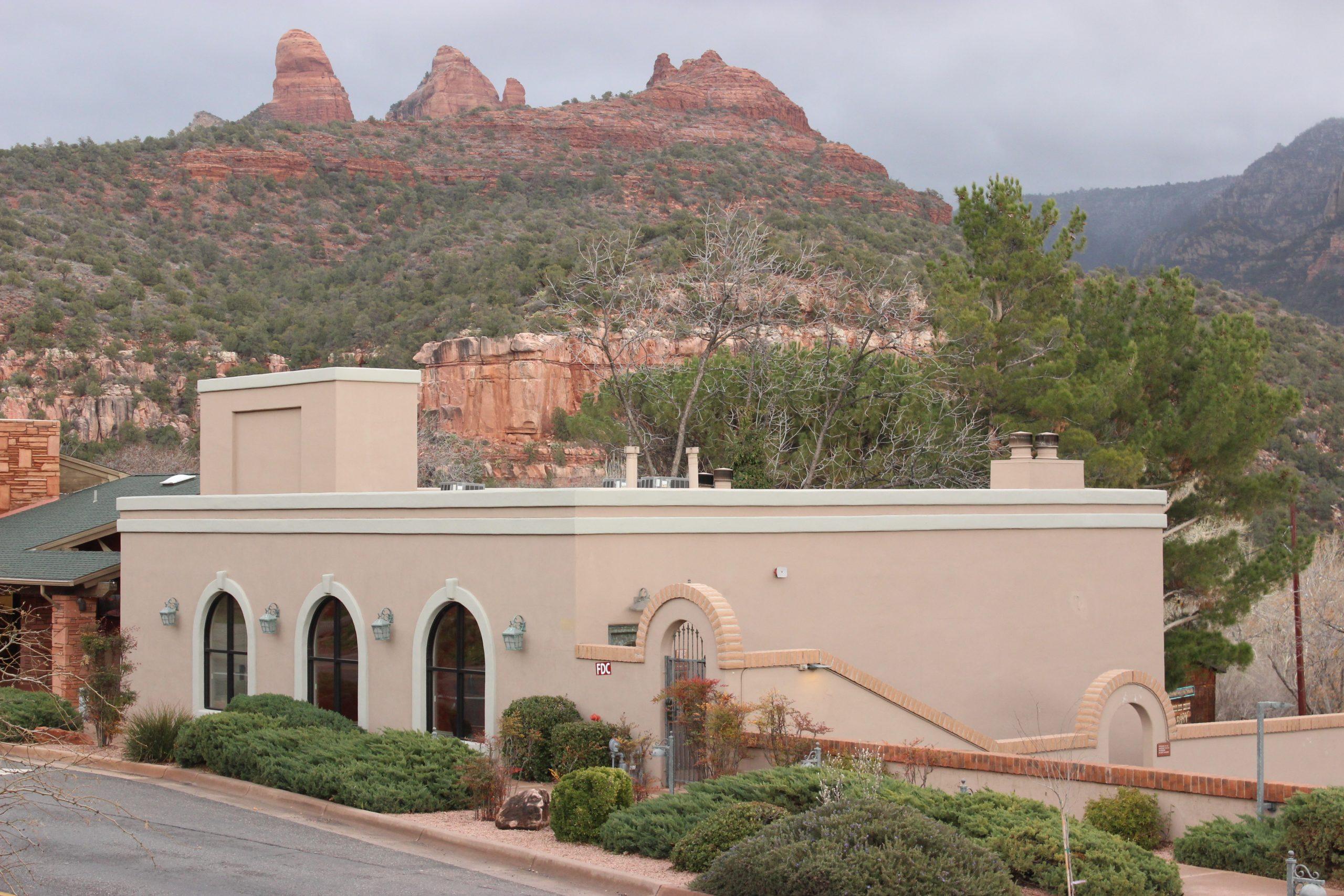 A mesma construção que hoje pertence ao hotel Best Western Plus. Fonte: Amanda Tosi